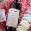 Корпоративный подарок Презент с вином и макарони